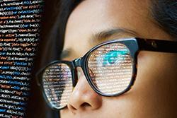 Informatikstudentin programmiert