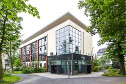 IUBH Bad Honnef bietet Intensivstudium zum Hospitality Real Estate Manager an