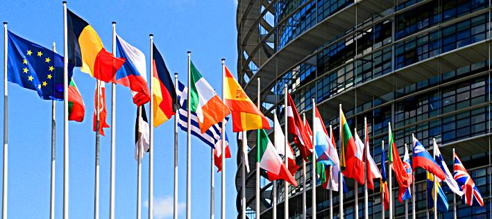 Flaggen der 27 EU-Länder