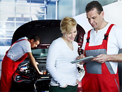 Berufsbegleitende Weiterbildungen für Kraftfahrzeugservicemechaniker