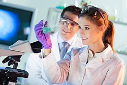 Berufsbegleitende Weiterbildungen für Laboranten