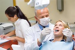 Berufsbegleitende Weiterbildungen für Zahnmedizinische Fachangestellte